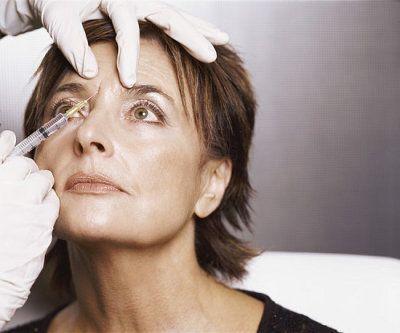 Make-up für Augen schön aussehen