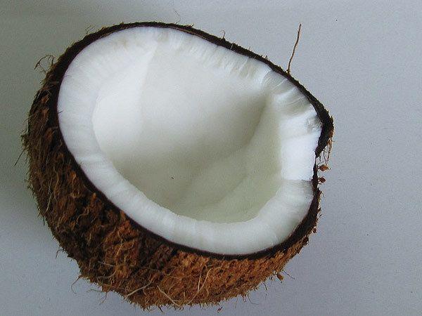 Kokosmilch und Zitrone Haarmaske