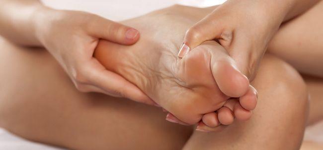 Wie zu lindern Verstopfung Mit Fußreflexzonenmassage? Foto