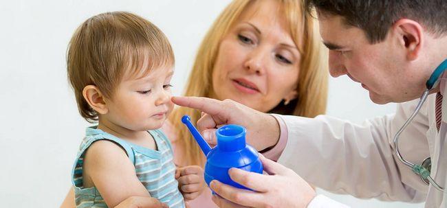 Wie man einen Neti Pot verwenden Nasal Probleme zu heilen? Foto