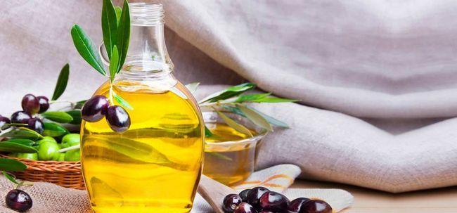 Wie Olivenöl verwenden Schuppe zu behandeln? Foto