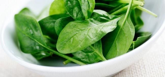 Wie Verwenden von Spinat für das Haarwachstum? Foto