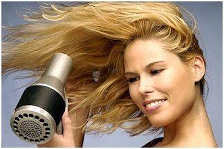 Föhnen für Volumen mit Haar
