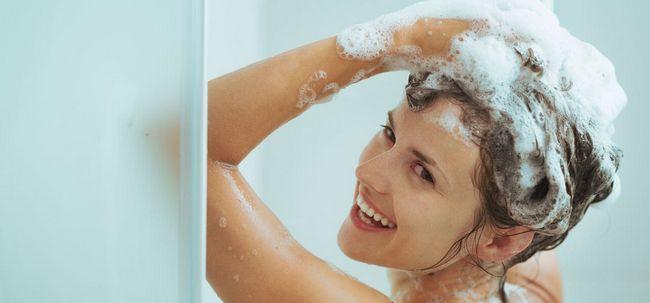 Ist es gut Ihr Haar täglich waschen? Foto