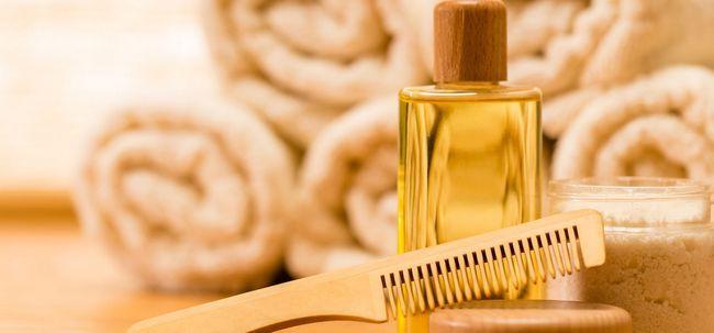 Ist Olivenöl Mit Wirkung für trockenes Haar? Foto