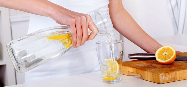Lemon Water Leber Cleansing- Alles, was Sie wissen müssen Foto