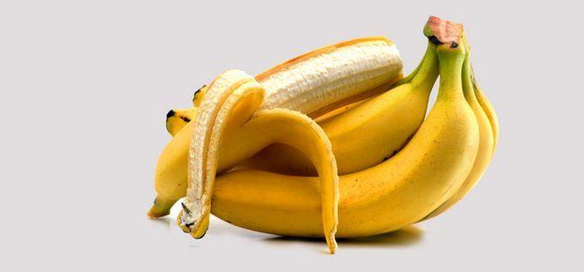 Lassen Sie uns sagen, wie Sie Ihre eigene Banana Hair Mask zu machen und wie man es Take Off! Foto