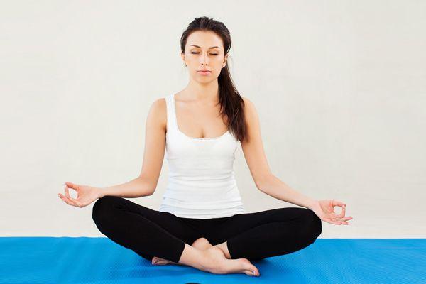 sukhasana mit Mantras