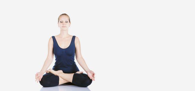 Padmasana / Lotus Pose - How To Do und was sind die Vorteile? Foto