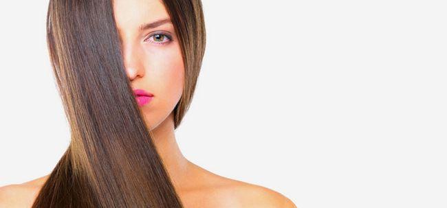Primer für Ihr Haar Foto