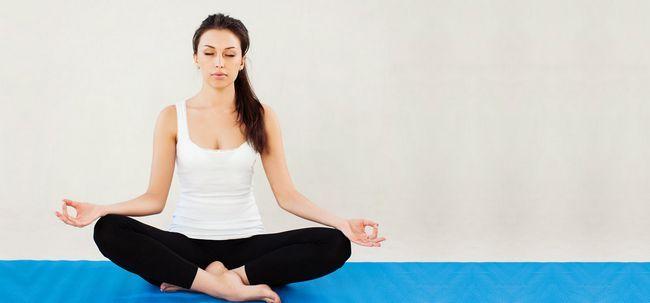 Sukhasana / Easy Pose - How To Do und was sind die Vorteile? Foto