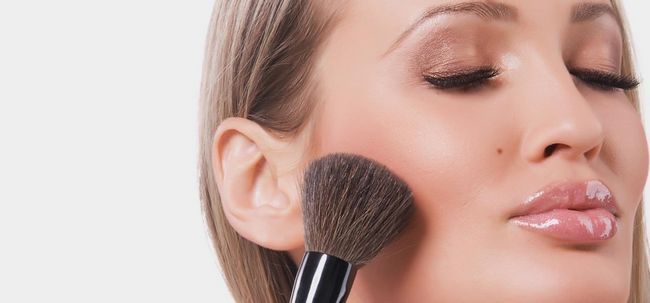 Top 10 Cheek Make-up Tipps und Tricks Foto