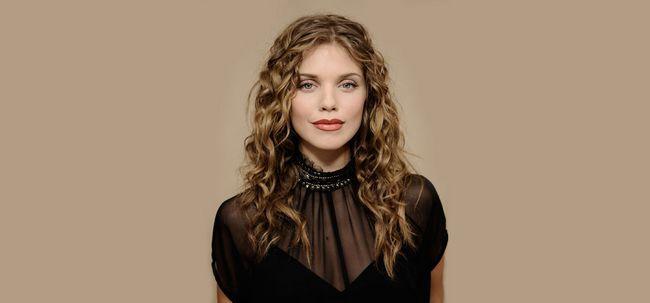 Top 10 Curly Celebrity Frisuren, Sie zu inspirieren Foto
