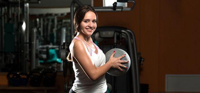 Top 10 Medicine Ball Übungen und ihre Vorteile Foto