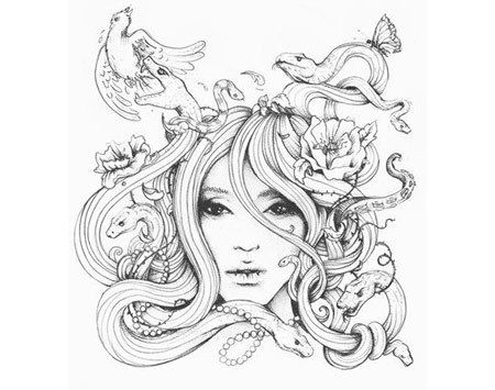 Medusa Tattoo in der schwarzen Tinte