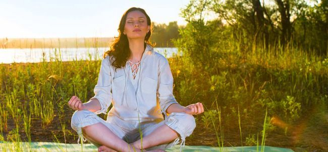 Top 10 Morgen-Meditation Mantras Foto