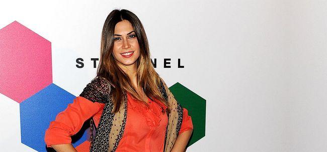 Top 10 Most Beautiful Italian Women Foto