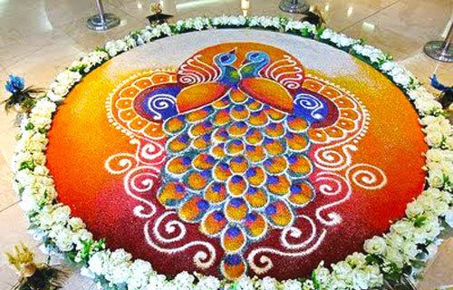 Pfau und Blumen Rangoli