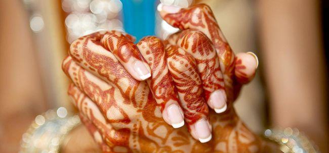 Top 10 Wege, um Ihre Gäste zu bewirten Während Mehndi Zeremonie Foto