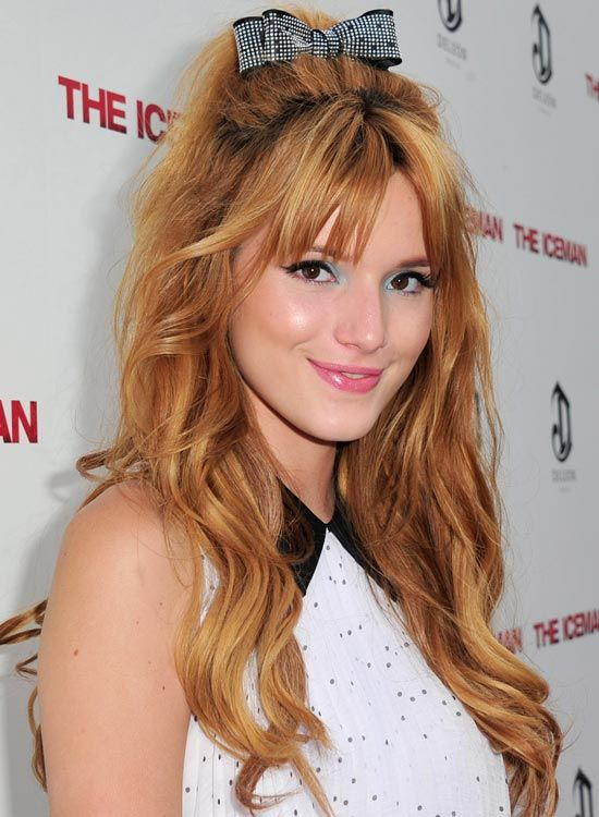 Tousled-Wellen-mit-Mini-Bouffant, -Sexy-Fringes-and-Bow