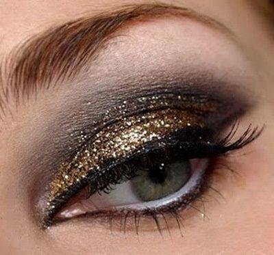 Smokey Gold Glitter Augen-Make-Up