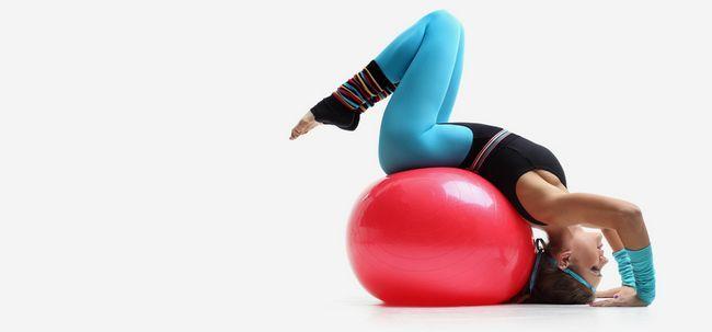 Was sind die Unterschiede zwischen Yoga und Aerobic-Übungen? Foto