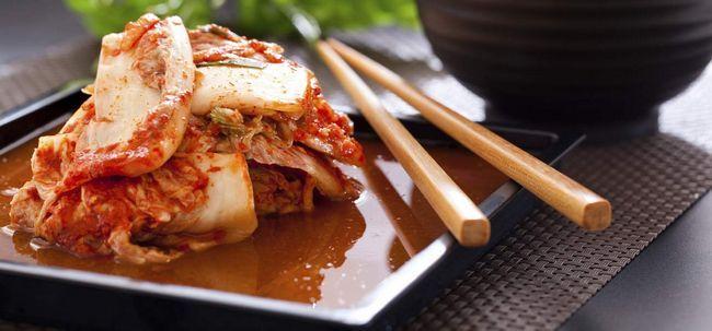 Was kann Kimchi für Sie tun? Seine Vorteile, Einsatzmöglichkeiten und Nebenwirkungen Foto
