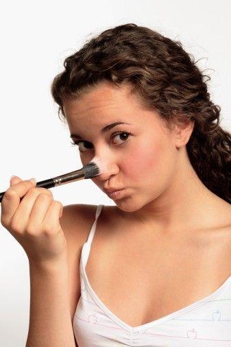 prägen die Nase mit Make-up